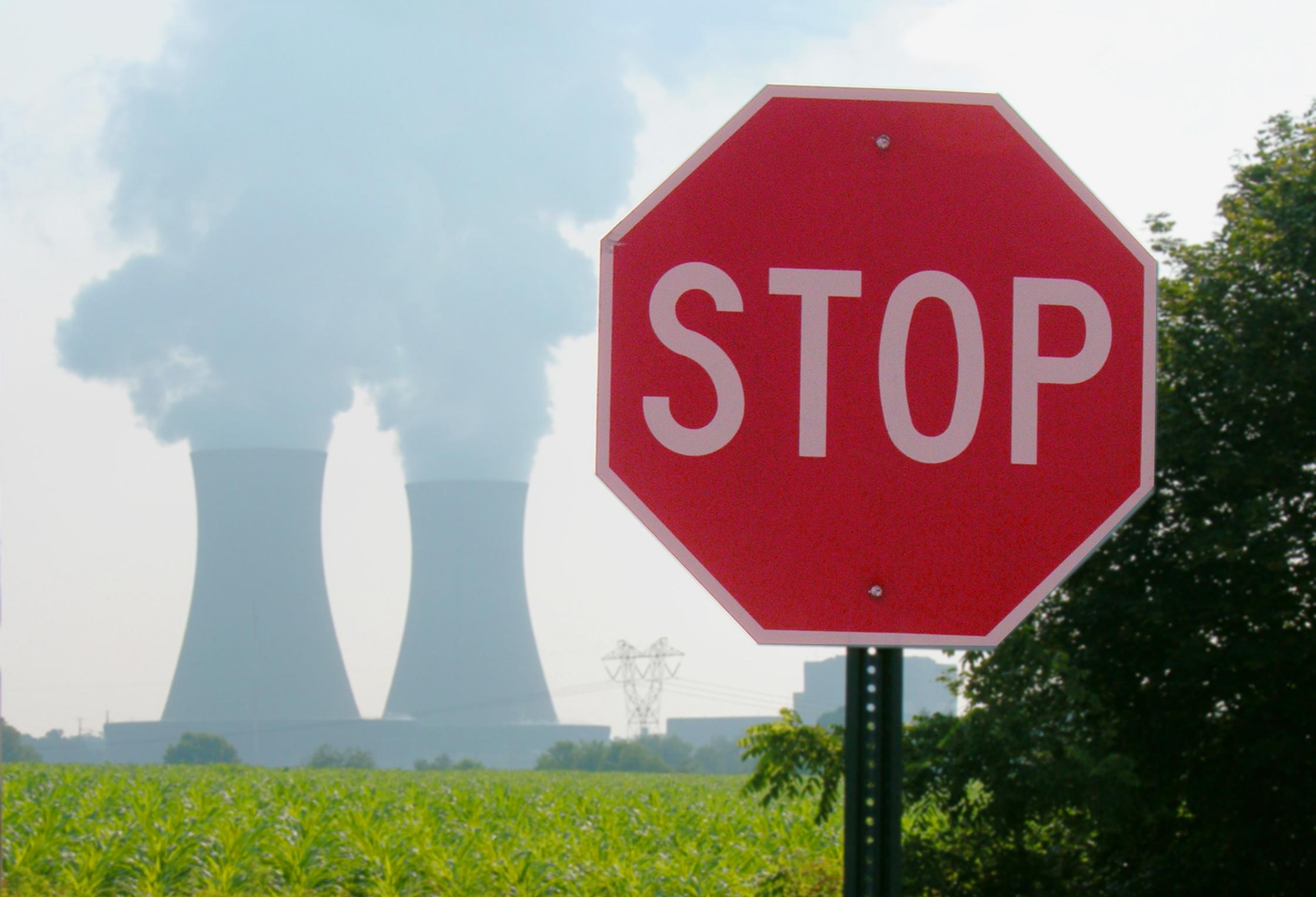 nuclear-power-plant-1314782