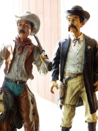 cowboy-gunman-1419969-1279x1705